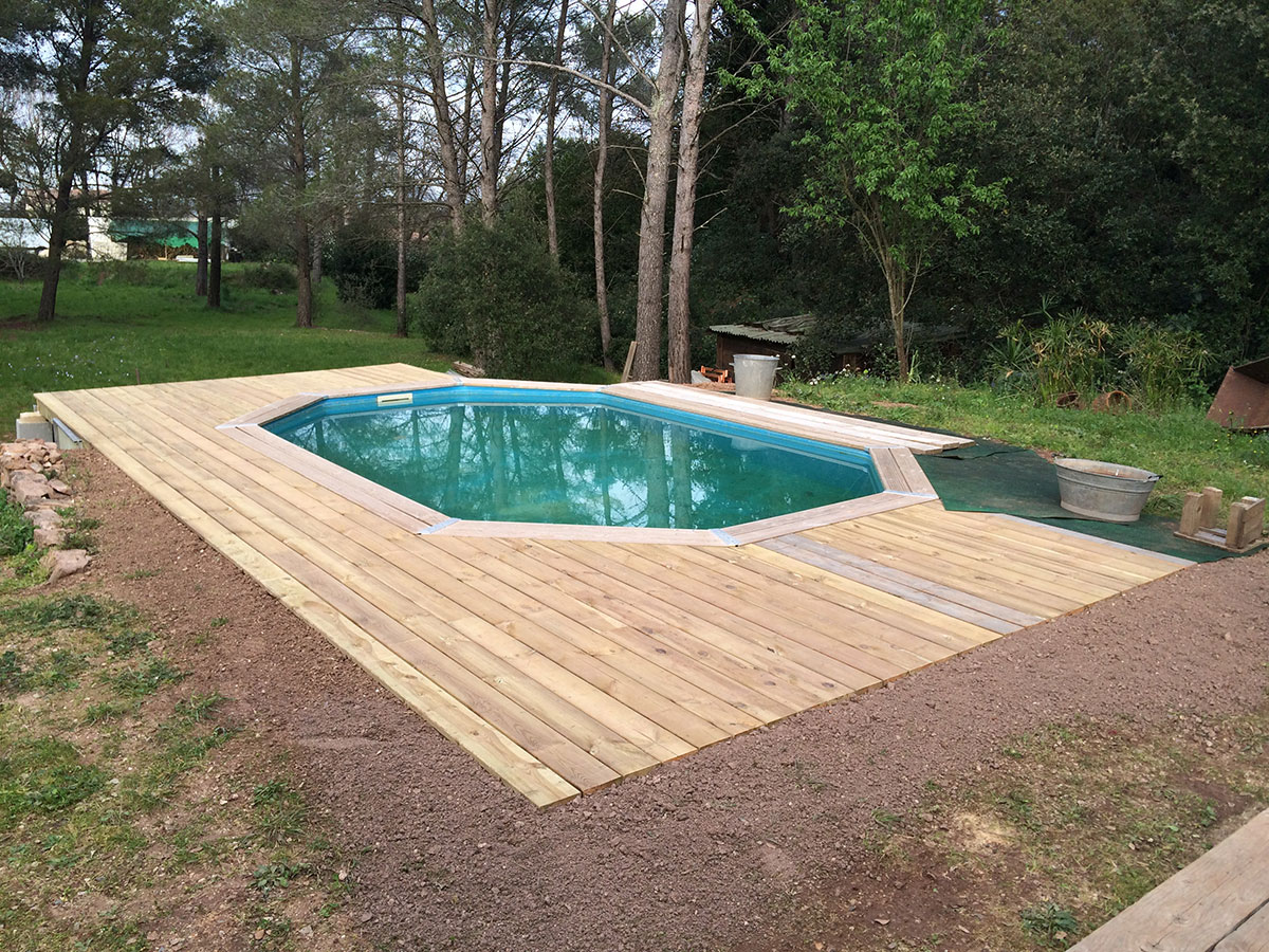 Tour de piscine hors sol best amenagement autour dune for Amenagement terrasse sol
